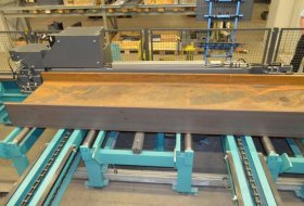 SPACE SAVING MEASURING SYSTEM ON THE FEED SIDE